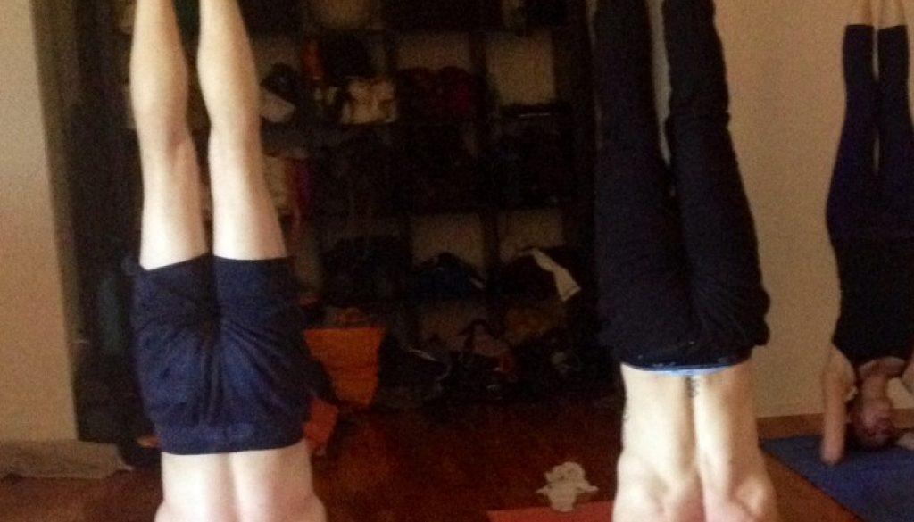 Oreste Aubrey Headstand