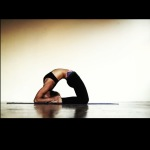 Infinite Yoga Teacher Nicole Zuelke - Kapotasana